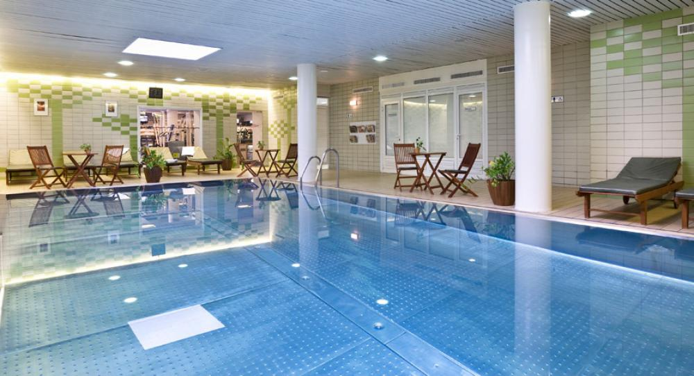 Hotel Flamenco Budapest swimming pool maxi929